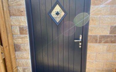 Door resprayed to Anthracite Grey